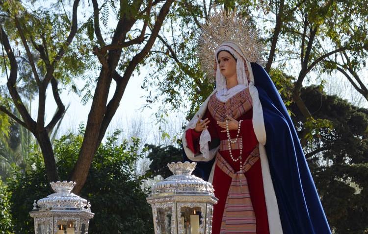 Una misa y un besamanos despedirán a la Virgen de la Amargura por su restauración