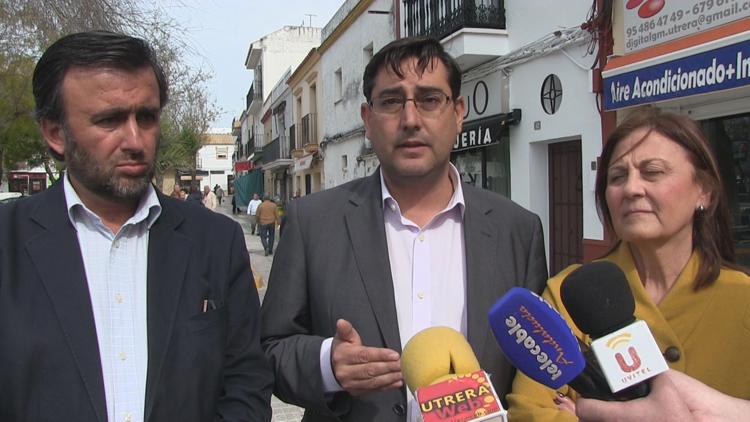 Detenida la delegada provincial de Empleo, que «trató de dar lecciones al alcalde de Utrera»