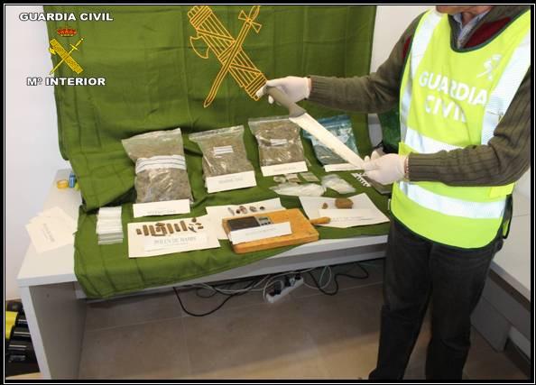 Cinco detenidos y dos puntos de venta de droga desarticulados en Utrera