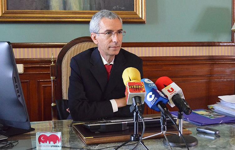 La justicia da la razón al alcalde de Utrera y lo declara inocente de la quiebra de Produsa