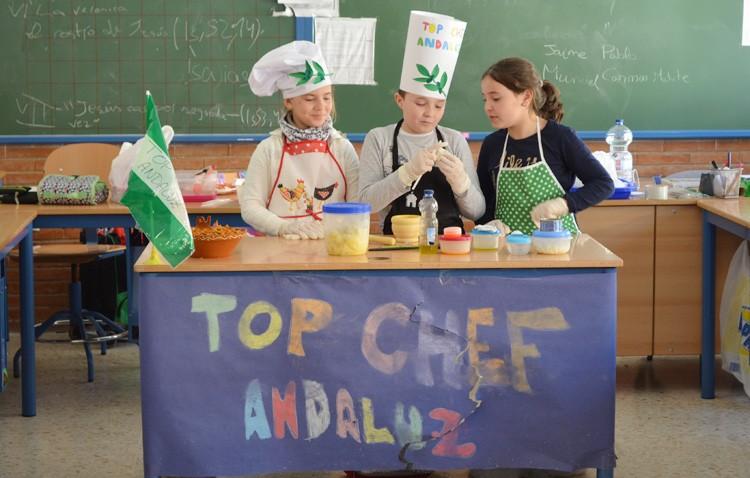 Un «Top Chef Andaluz» en el colegio Rodrigo Caro, para acercar la gastronomía andaluza a los estudiantes