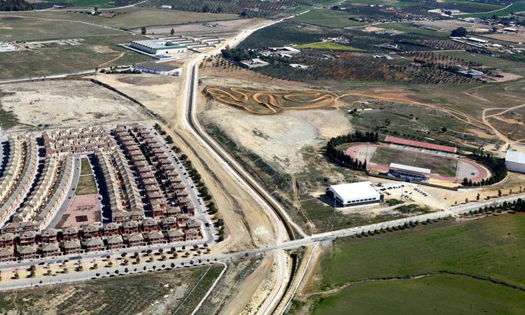 El acuerdo del alcalde con el Huesna libera 1,5 millones de Diputación para el desvío del Calzas Anchas