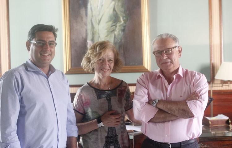 El alcalde se reúne con los dirigentes del Hospital de Utrera