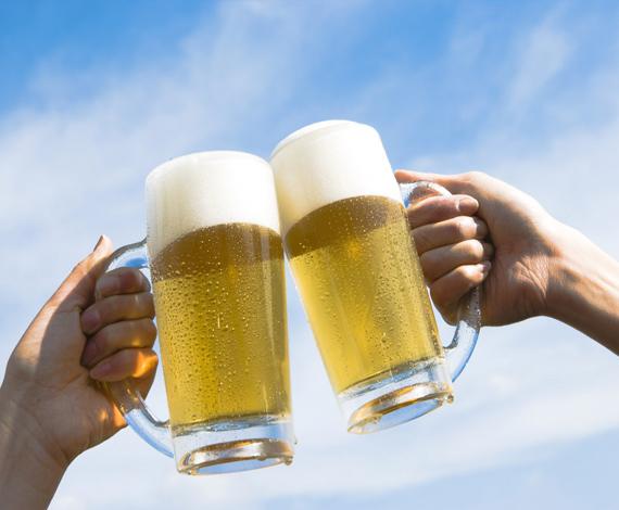 Una nueva aplicación para móviles que permite tomar cerveza de forma 'inteligente'