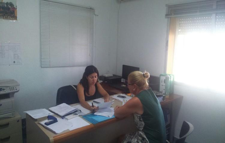 Educación amplía el horario de verano del centro de estudios en Olivareros