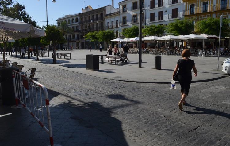 La plaza del Altozano volverá a estar regulada por bolardos