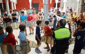 La manifestación llegó al interior del ayuntamiento