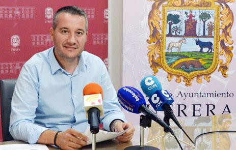 Sobreseimiento provisional de la denuncia del PSOE contra el concejal andalucista Francisco Serrano