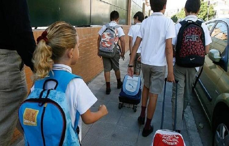 La vuelta al cole supondrá un gasto de 370 euros en un colegio público y puede superar los 1.041 en uno privado