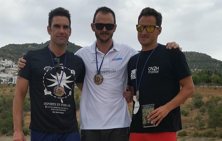 Ilde Barrera, campeón de los 10.000 metros en aguas abiertas de la Travesía Discovery