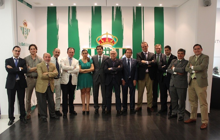 Pepe Montoro, reelegido consejero del Real Betis