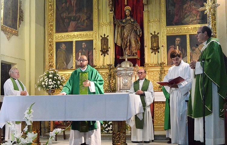 Cambio de ciclo en la parroquia de Santiago