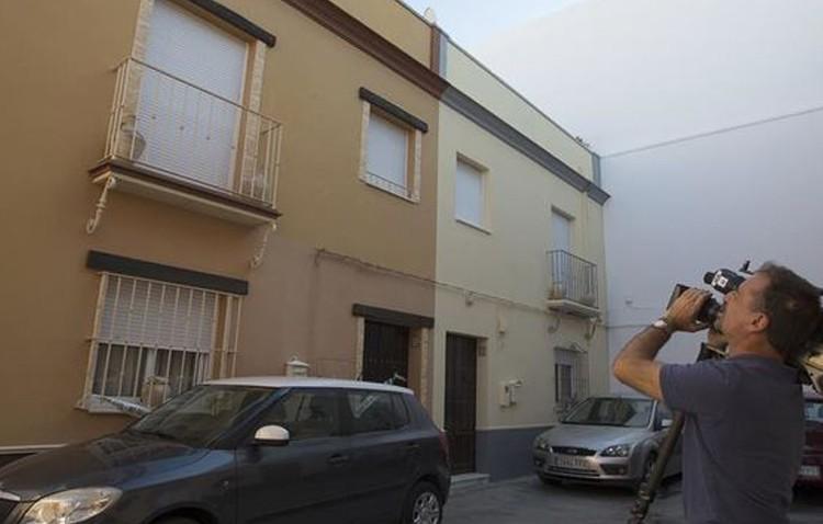 Prisión sin fianza para el acusado de asesinar a su mujer en Marchena