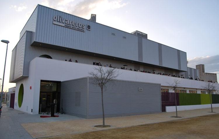 El PP denuncia el horario «inflexible» del centro de Olivareros en época de exámenes