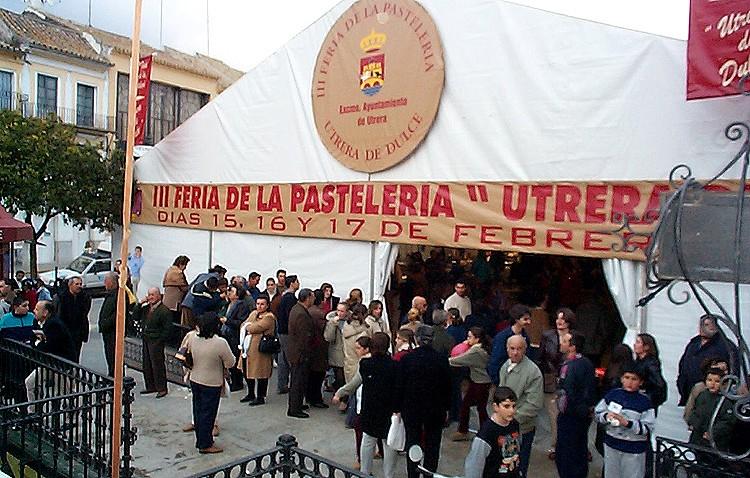 Los confiteros de Utrera ven con buenos ojos que se recuperara la Feria de la Pastelería