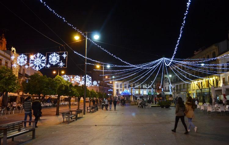 Utrera ilumina su Navidad (GALERÍA)