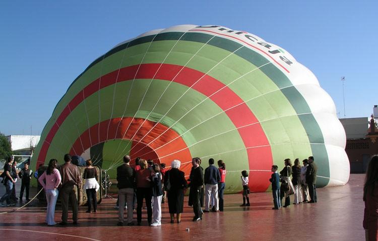 Utrera a vista de pájaro desde un globo con salida de los Salesianos