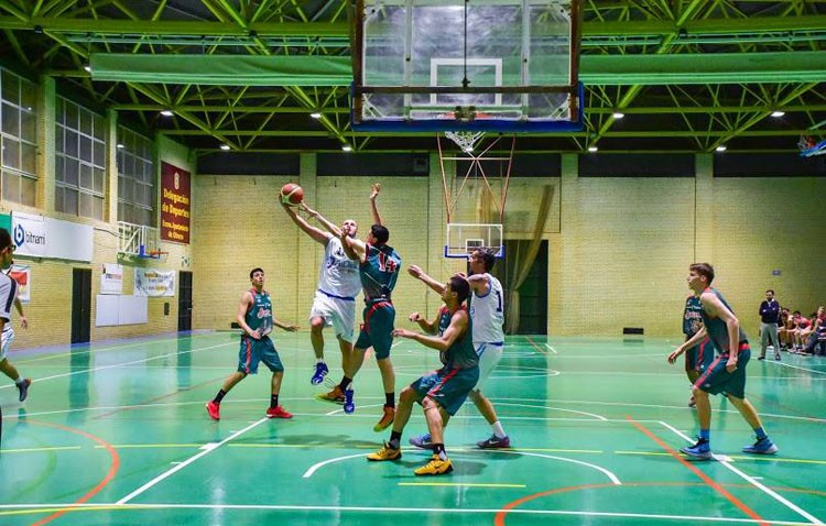 Alba Informática CB Utrera 62 – 55 Baloncesto Sevilla: Importante victoria