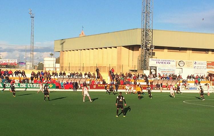 C.D.Utrera 1 – 1 A.D. Ceuta FC: Los blanquirojos con dos jugadores menos consiguen un valioso punto in extremis