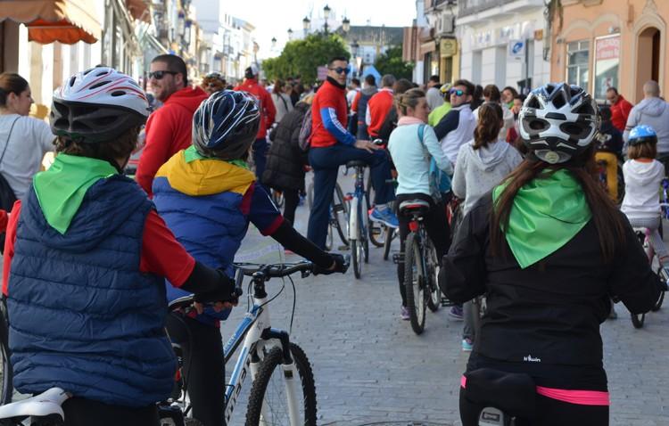 El Ayuntamiento decide finalmente suspender el paseo en bicicleta ante la previsión de lluvia y viento