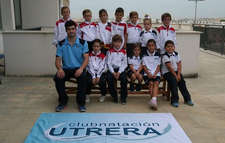 La cantera del Club Natación Utrera compitió en Sevilla en las jornadas del IMD