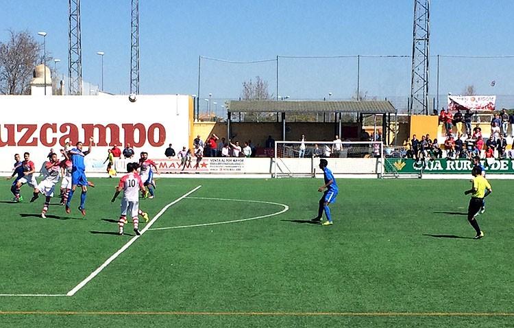 C.D. Utrera 0 – 0 C.D. San Roque: Poco fútbol en el San Juan Bosco