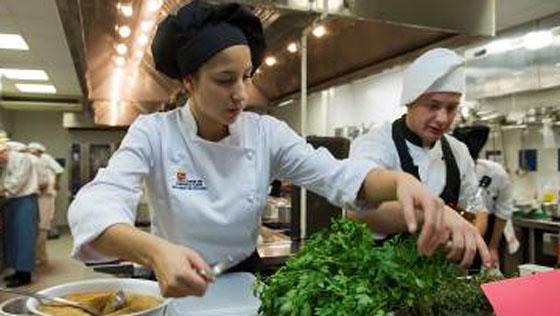 Un sevillano finalista del IV Premio Promesas de la Alta Cocina de le Cordon Bleu Madrid