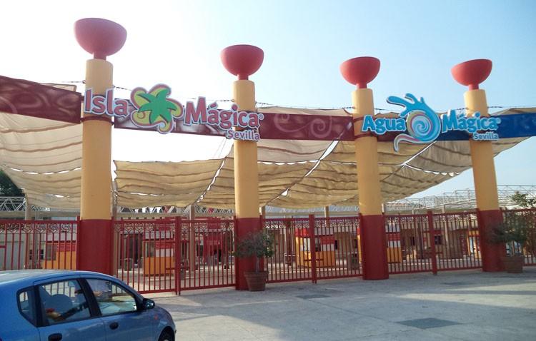 Los viajeros de Renfe tendrán descuento en la entrada al parque temático «Isla Mágica»