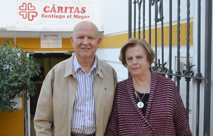 Sebastián Ganga y Consuelo González dejan Cáritas de Santiago tras casi veinte años de solidaridad