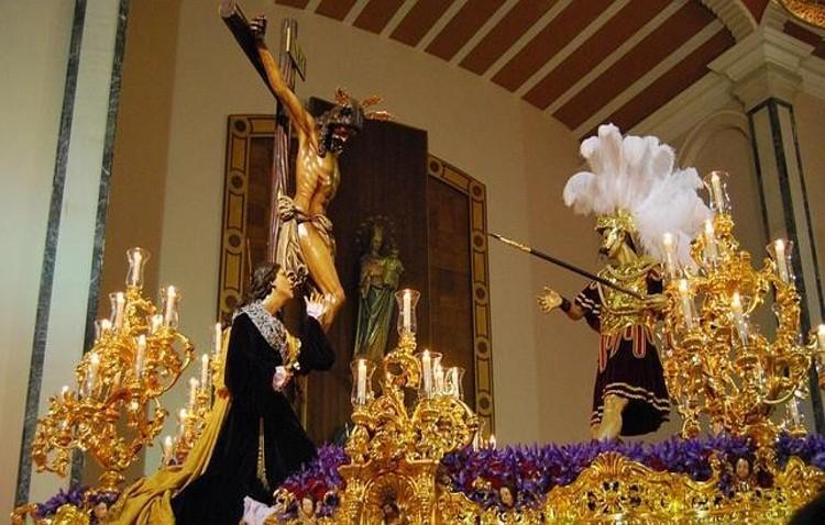 El Cristo del Amor regresa a la capilla del Carmen