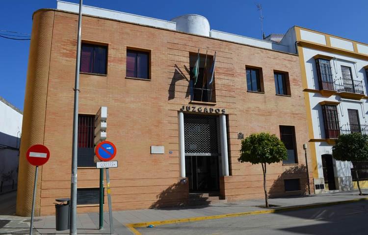 El PP denuncia que la Junta lleva siete años sin invertir en las sedes judiciales, entre ellas Utrera