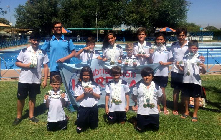 Lluvia de medallas para el Club Natación Utrera en la final del circuito de verano de la Diputación