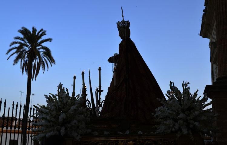 Cita tradicional con la Virgen de la Mesa en la parroquia de Santa María