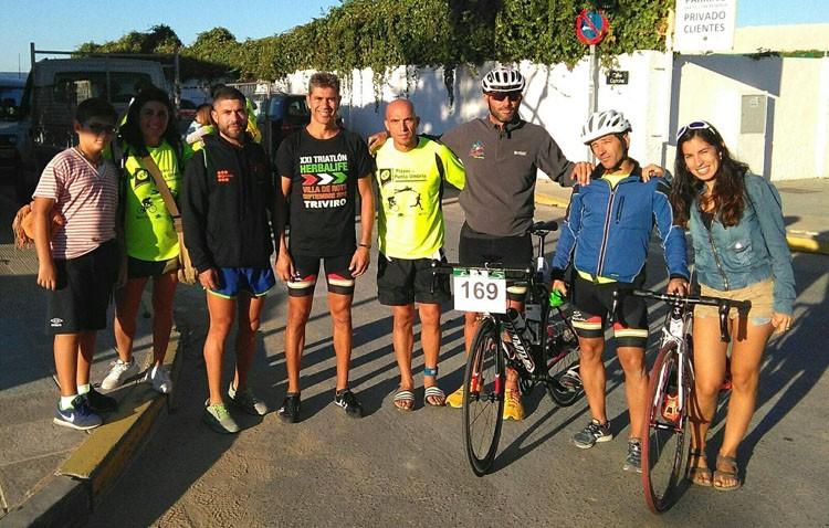 Deportistas utreranos del «Club Poseidón», presentes en varias competiciones de triatlón