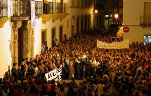 La manifestación de 2004 culminó ante el ayuntamiento