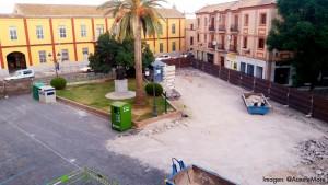 La obra de la glorieta Pío XII ha provocado la eliminación de 40 plazas de aparcamiento