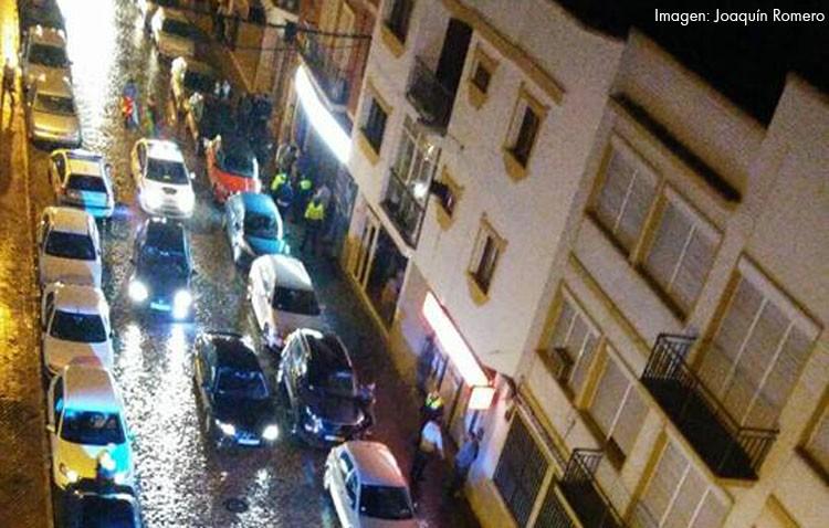 Los vecinos de la calle Las Mujeres reclaman una solución a los problemas que genera la movida cada fin de semana (AUDIO)