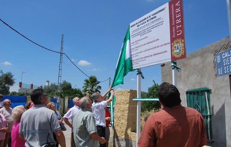 Los vecinos de Casacerros reclaman saber dónde está el millón de euros entregado para regular la urbanización