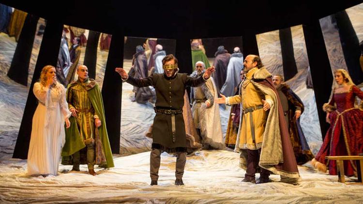 Sesión de teatro clásico con «Hamlet»