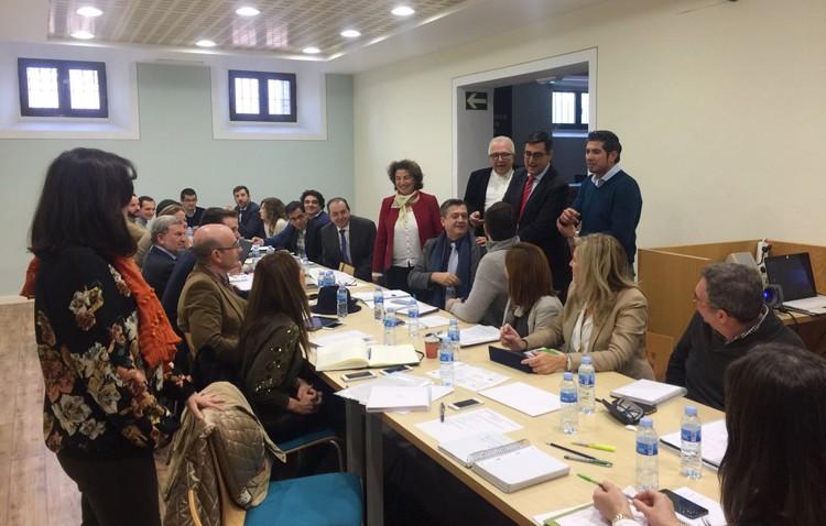 La consejería de Empleo celebra una reunión de trabajo en Utrera