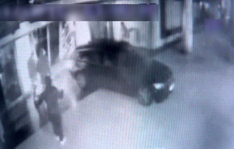 Cuatro detenidos por 15 robos en tiendas de telefonía móvil, una de ellas en Utrera