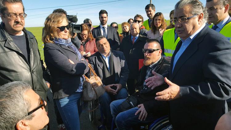 La carretera Utrera-Puerto Serrano (A-375) estrena un proyecto piloto nacional de mejora de la seguridad vial