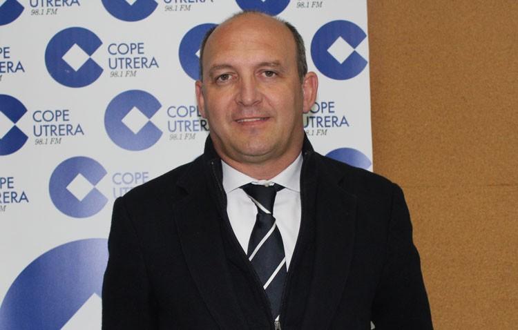 Camino: «Nuestro objetivo es que el Club Deportivo Utrera llegue a los 1.000 abonados»