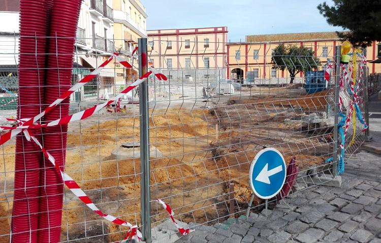 La eliminación de los aparcamientos en la glorieta Pío XII obliga a despedir a un trabajador de la zona azul