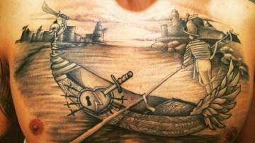 La pasión por el carnaval, tatuada en la piel del utrerano Jonás Andrade