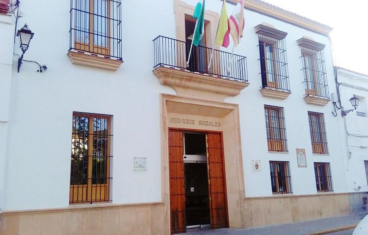 Las administraciones destinan cinco millones de euros a Utrera durante 2016 para la ley de la dependencia