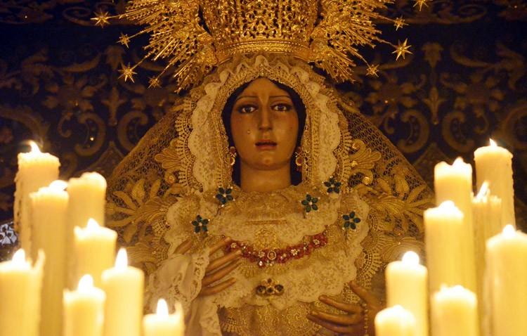 La hermandad de los Gitanos pospone el cabildo extraordinario sobre la restauración de la Virgen de la Esperanza