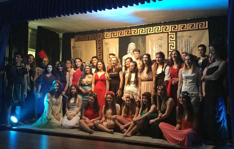 Una propuesta de teatro mitológico para toda la provincia en el instituto Ruiz Gijón