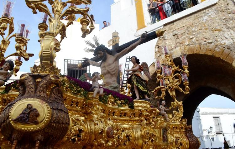 Jueves Santo y Madrugá de contrastes en Utrera (GALERÍAS Y AUDIOS)