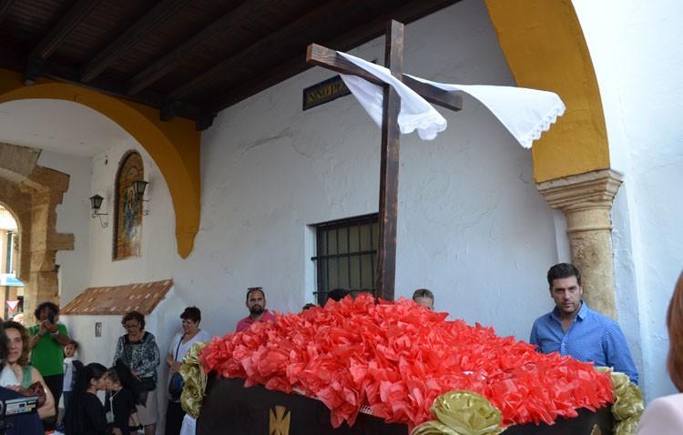 La cantera cofrade de Utrera vuelve a darse cita en las cruces de mayo (GALERÍA)